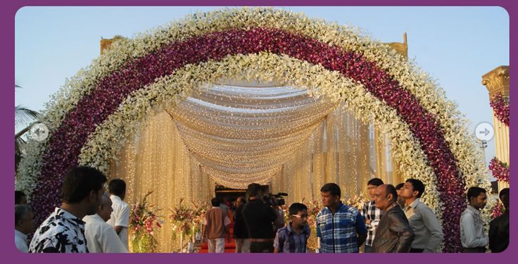 indian-wedding-hall-entrance-decoration-7.PNG (838×428)