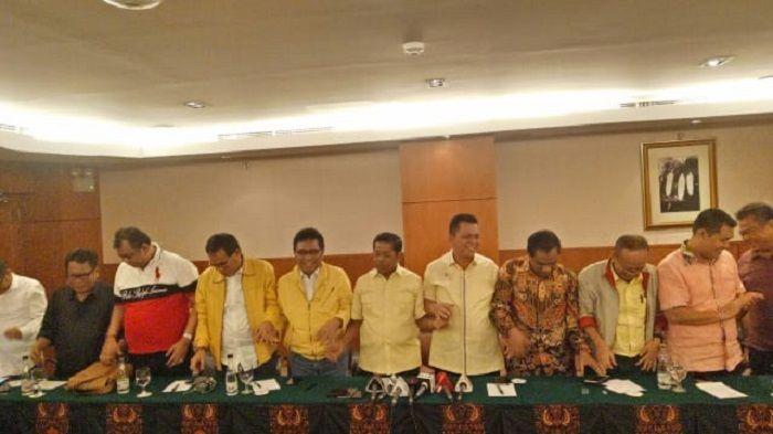 FAJARONLINE.COM, JAKARTA -- Ketua DPD I dan DPD II Partai Golkar seluruh Indonesia hari ini menggelar rapat untuk menyikapi dinamika, situasi dan