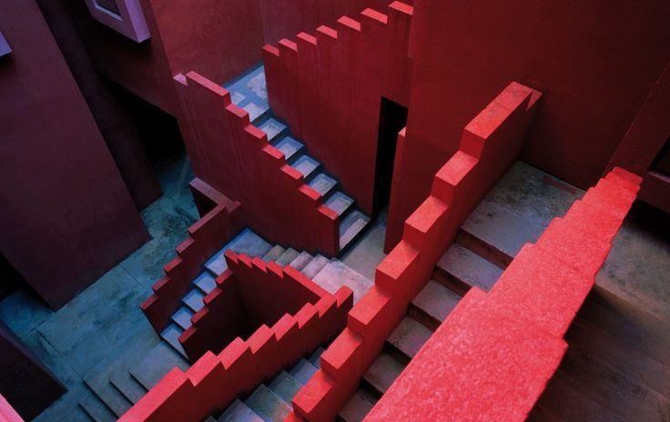 Muralla Roca Ricardo Bofill 06 800x505 La Muralla Roja de Ricardo Bofill  art architecture