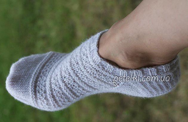 Укороченные носочки спицами. Описание вязания