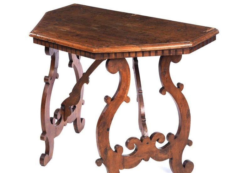 konsoltisch h he 80 5 cm breite 103 cm tiefe 58 cm 19 jahrhundert nussbaum. Black Bedroom Furniture Sets. Home Design Ideas