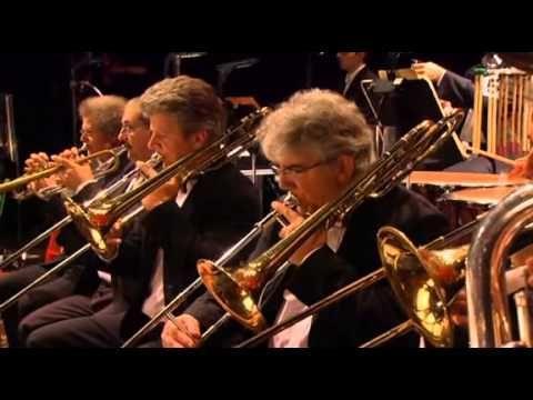 Camille Saint-Saëns // Danse Macabre, Op. 40 // Les Clefs de l'orchestre de Jean-François Zygel avec l'Orchestre Philharmonique de Radio France