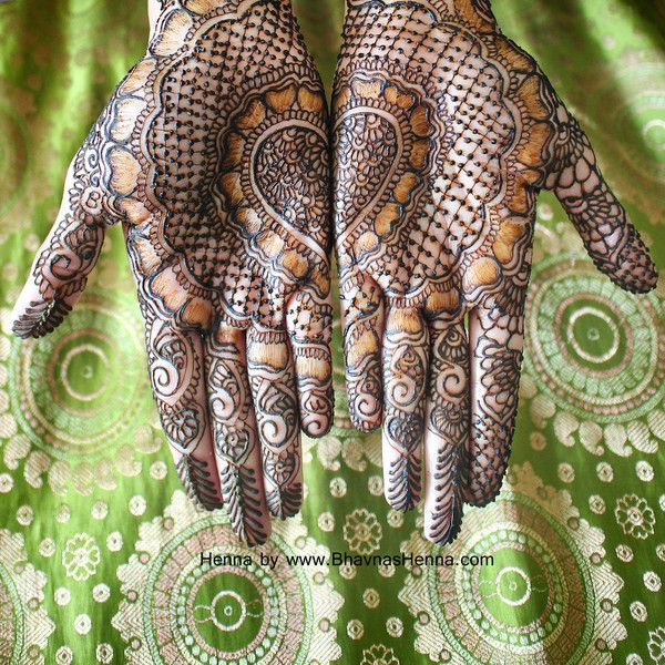 This incredible mehndi artist brings us super gorgeous henna designs for our annual contest!