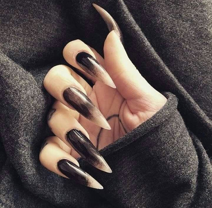 Goth nails image by CHELLE CLAY on GOTHICS | Witch nails ...