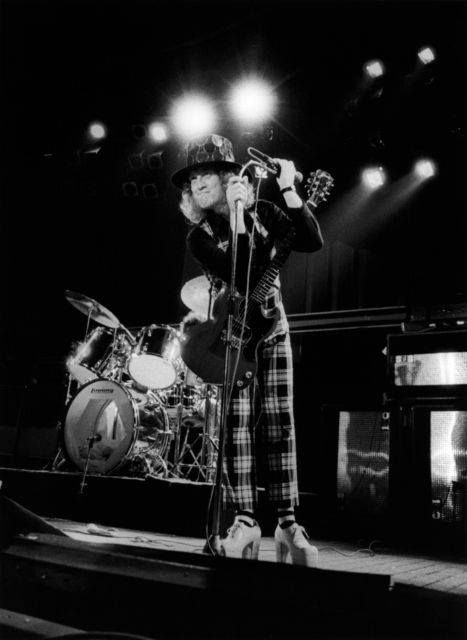 Noddy Holder 'live' #Slade #70s #onstage #gig