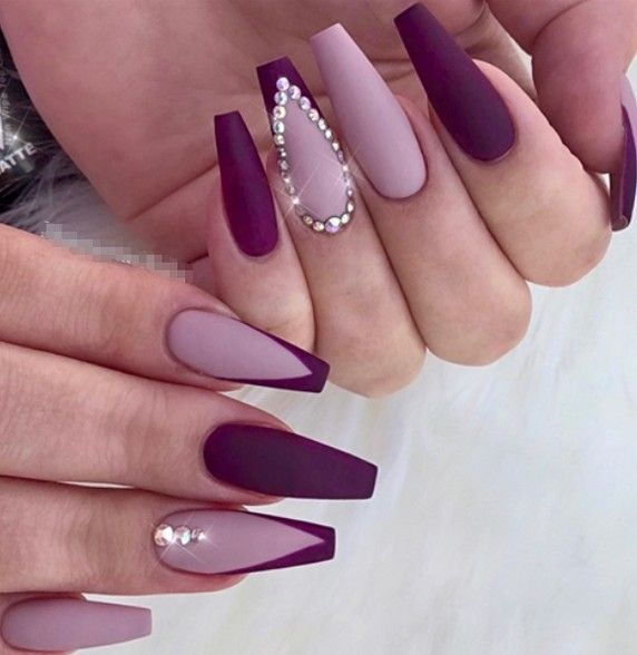 Stunning And Gorgeous Summer Coffin Acrylic Nail Designs For Your Inspiration Summer Coffin Acrylic Nail Cof In 2020 Purple Acrylic Nails Purple Nails Lavender Nails