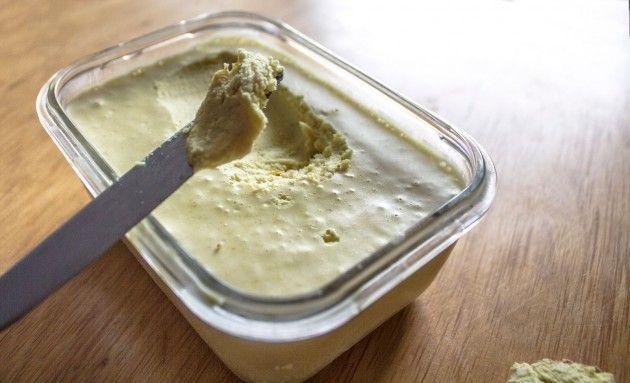 margarine sans huile de palme (huile de coco, lait de soja, lécithine de soja et vinaigre de cidre)