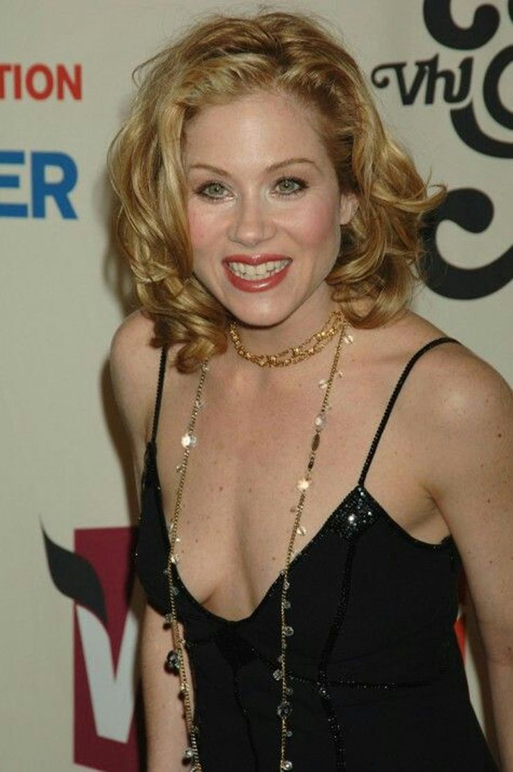 Christina Applegate Nipple Slip Cheap 156 best christina applegate images on pinterest | christina