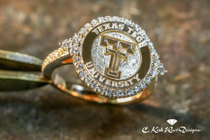 Such a pretty Texas Tech ring!! Ladies Double T Halo Ring in 14kt Yellow, White, or Rose Gold with Diamonds