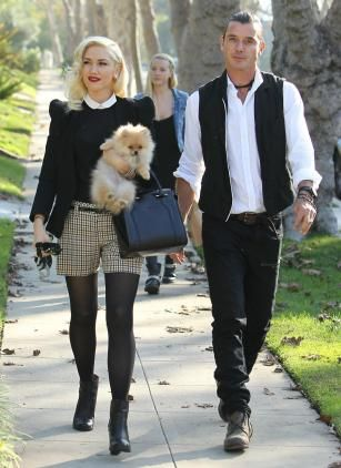 Tramp-Nanny Mindy Mann with Gavin Rossdale and Gwen Stefani on Thanksgiving 2012. (Gwen, darling, kudos to you for trading UP @ Blake Shelton, a REAL man)
