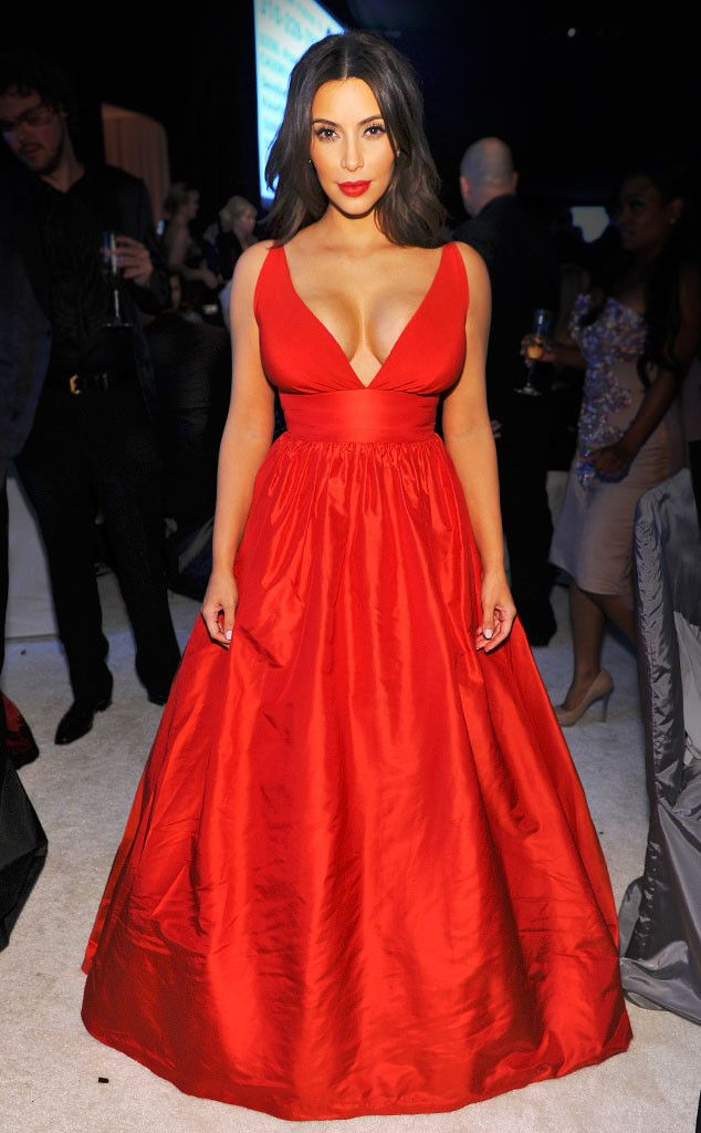 We're obsessed with Kim Kardashian's gorgeous Oscars party dress!