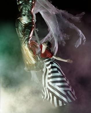 Javier Vallhonrat - Photos - VOGUE UK - Le Cirque | Michele Filomeno