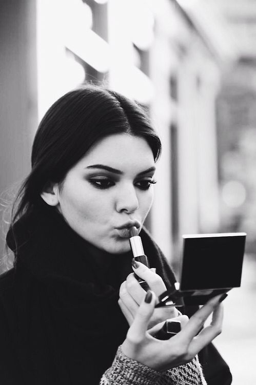 Kendall Jenner - the actress who plays Roz:
