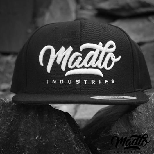 Madlo Industries Wool Blend snapback (Black)