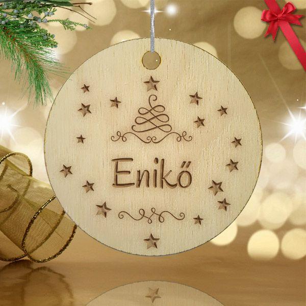 Gravírozott fa karácsonyfa dísz egyedi névvel 03.
