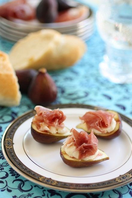 Prosciutto with Figs & Mascarpone; an elegant summer canape