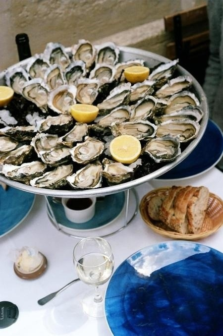 Huitres du Bassin d'Arcahon - Arcachon oysters, the most delicious thing with a glass of white wine, on the beach...