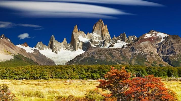 Smukke farver ved Mount Fitz Roy i Los Glaciares Nationalpark i Patagonien, Argentina