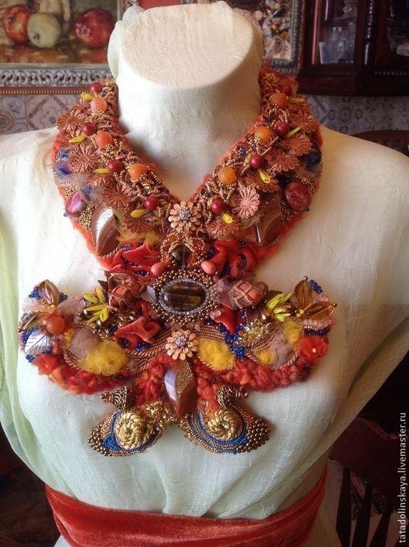 Купить Колье №70 Бабочка Монарх - оранжевый, осень, рыжий, вышивка, торжество, брошь, бохо