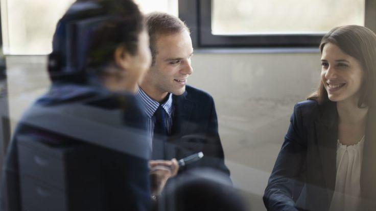 Aprenda a responder questões recorrentes em todos processos seletivos, como 'Quais são os seus pontos fortes e fracos?' ou 'O que é importante para você na carreira?'