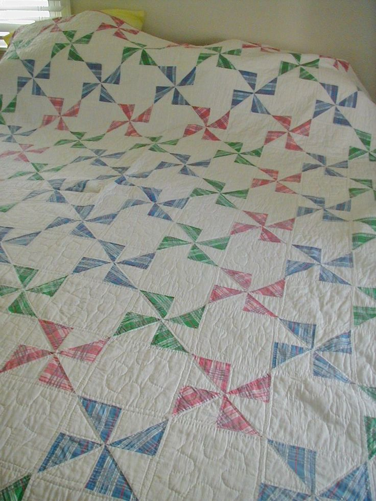 Vintage Pinwheel Windmill Design Hand Quilted Quilt Plaids Candy Cane Stripe Trim