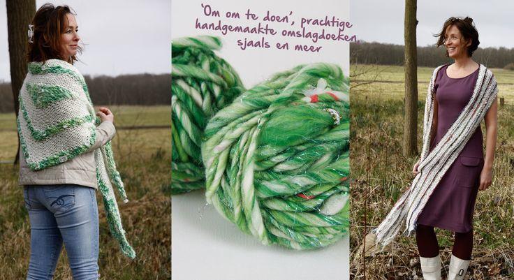 Omslagdoek Romans Grote romantische omslagdoek, los gebreide gebroken witte basis met subtiel groen draadje. Het strepenpatroon in frisgroene kleurnuances maakt deze omslagdoek apart. Het bijzondere garen bevat een glimmend draadje, pailletjes én bloemetjes!  Hand-knitted shawl. Handmade. Knitwear. Shawl. Wool. Wol.