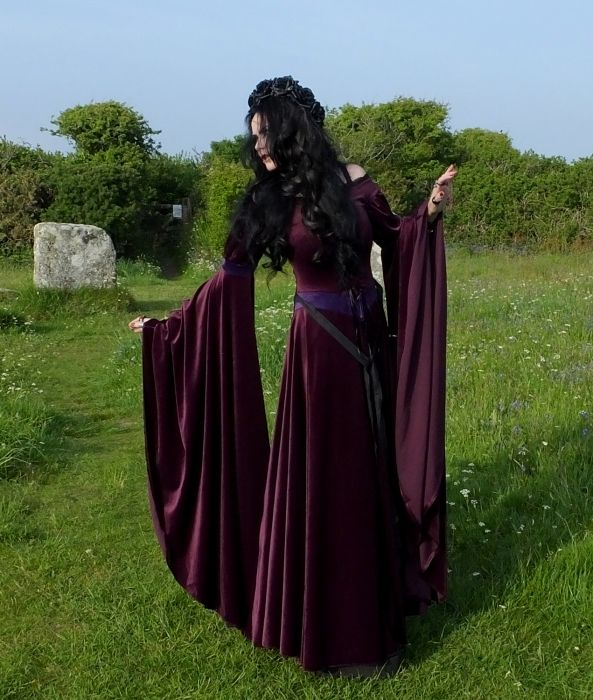 Gunievere Gown by Moonmaiden Gothic Clothing UK - Medieval Renaissance  Authurian Dress