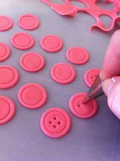 A friend of mine requested cupcakes for a baby shower with pink & black buttons.  Now i know you could go and purchase fondant molds that wo...