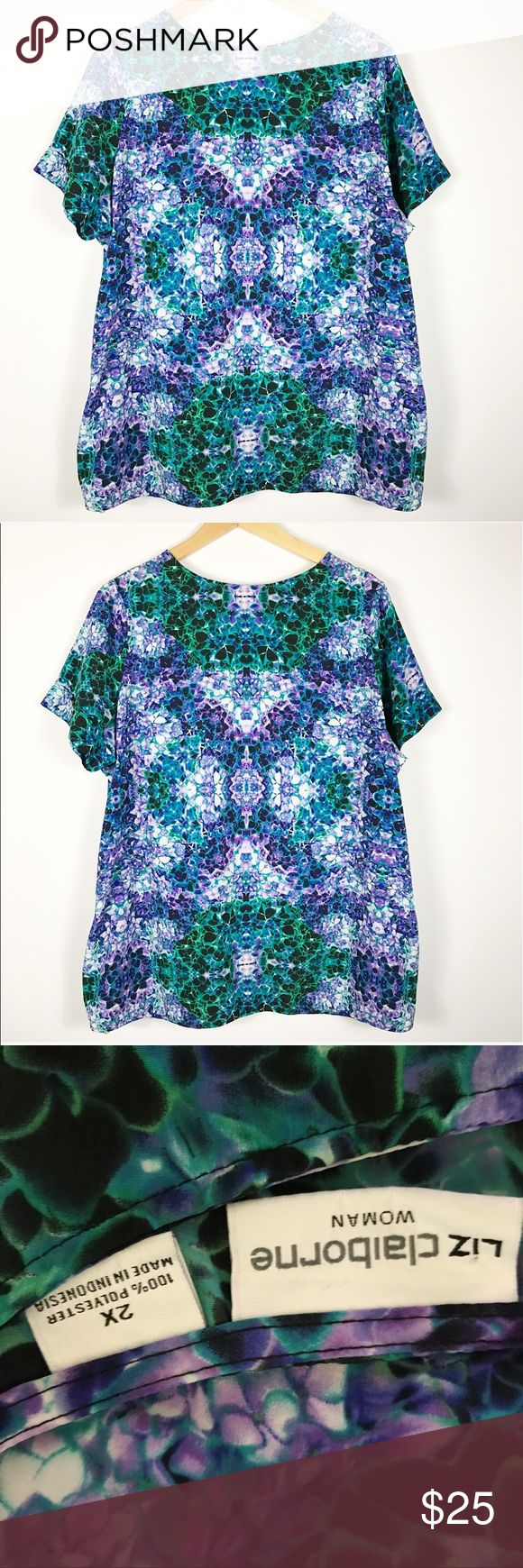"""3x plus size purple green mirror print keyhole tee 3x plus size purple green mirror print keyhole back tee. Perfect condition. Great with leggings! Lightweight! Measures approx 25.5""""b 26""""hip 5"""" slits on each side 30""""long laying flat. Liz Claiborne Tops Blouses"""