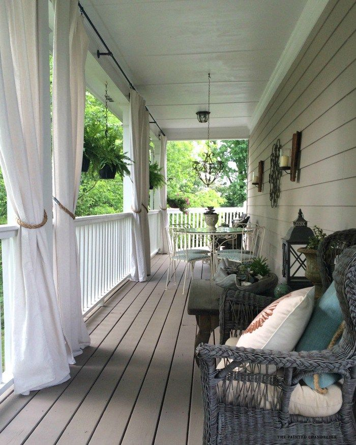Today I'm sharing my 2 favorite paint colors and techniques for creating a weathered grayfinishon furniture and accessories to update items around your home. I recently used this application to update our wicker porch furniture in the Spring and it made a big difference in the overall look of the porch! We have had …