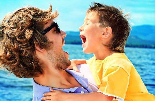 Με τη συνεργασία της Τίνας Γιάκα (M.ed ψυχολόγος-παιδοψυχολόγος) Ανάμεσα σε πατέρα και γιο υπάρχουν σχέσεις δύναμης, αντιπαλότητας και εξουσίας που μπερδεύονται, άλλοτε τρυφερά και άλλοτε επικίνδυνα. O μόνος που μπορεί να τις ξεκαθαρίσει είναι ο πατέρας. Η σχέση μητέρα- γιου είναι μια «σχέση πρότυπο» που θα ακολουθεί το παιδί σε όλη του τη ζωή και …