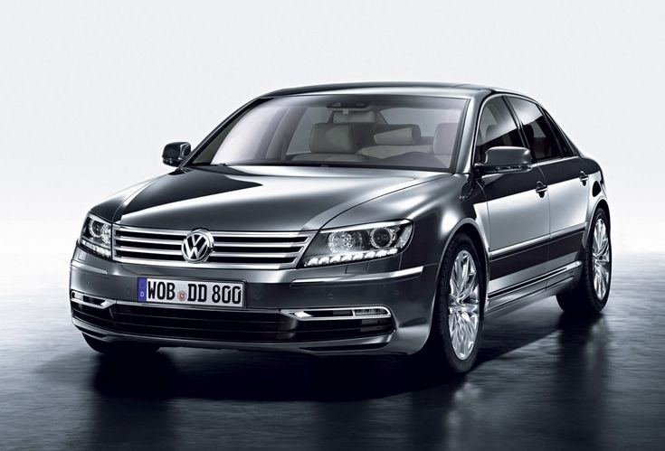 Volkswagen Phaeton Electric Vehicle to Introduce in 2020  The German carmaker, Volkswagen has been confirmed that the electric versions of the Volkswagen Phaeton to introduce in 2020 with a new platform architecture. The spokespersons of Volkswagen revealed that the luxury electric vehicle to be arrived by 2020 and it will design based on Audi's e-tron quattro concept in terms of drive system, a new body chassis, an advanced platform design and battery technology.