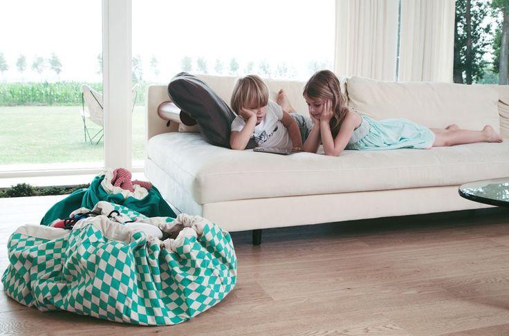 Bolsa y manta de juegos Play and go de rombos en color mint - Minimoi