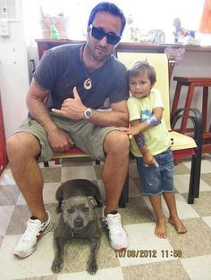 Alex O'Loughlin, his dog Dusty, and his girlfriend's son, Spike. http://warongravity.tumblr.com
