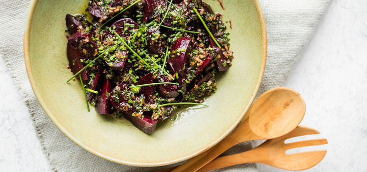 Rødbetsalat med balsamico, gressløk og sjalottløk | Lises blogg