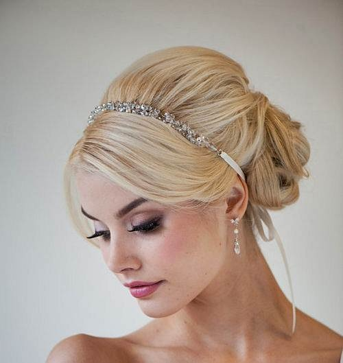 Coque com headband. Simplesmente lindo!: Weddinghair, Ribbon Headbands, Wedding Ideas, Makeup, Bridal Hair, Hair Style, Hair Accessories, Wedding Hairstyles, Updo