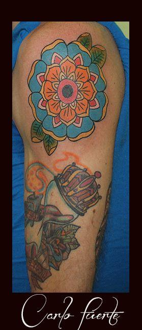 geometric flower tattoo #neoo traditionalo tattoo #flower tattoo