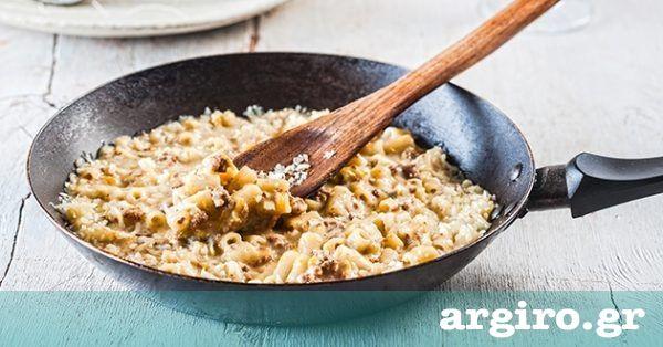 Παστίτσιο στο τηγάνι από την Αργυρώ Μπαρμπαρίγου   Με τα υλικά του παστίτσιου φτιάχνουμε ψεύτικο παστίτσιο σε 20΄. Φτιάξτε το και θα με θυμηθείτε!