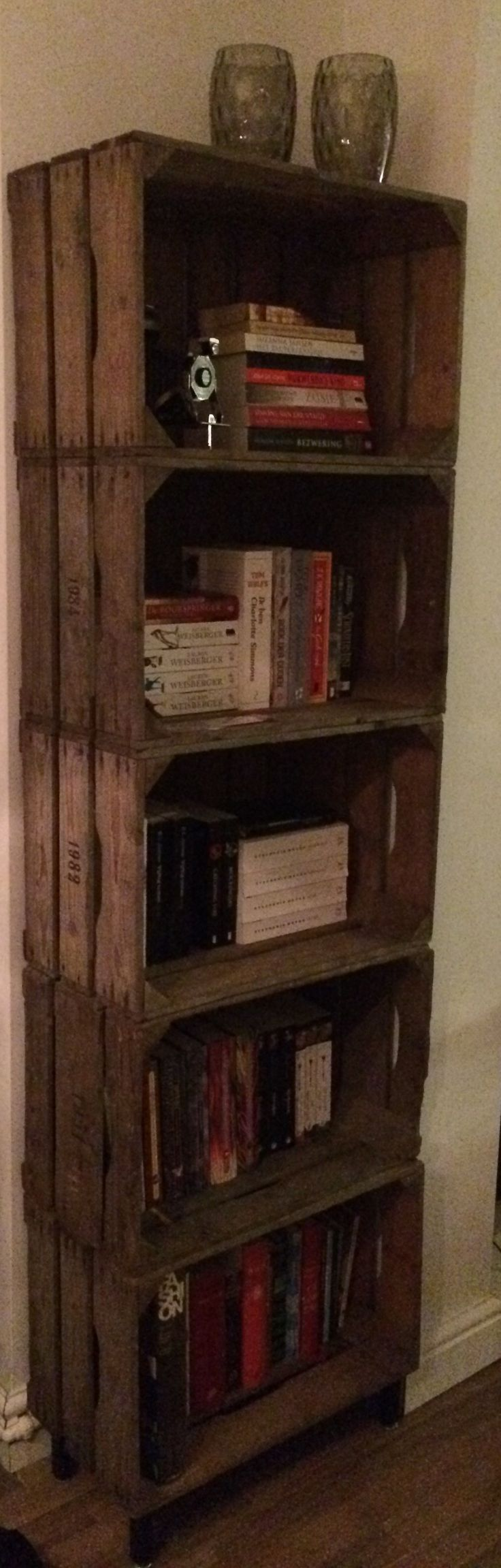 DIY bookcase. Made old crates.