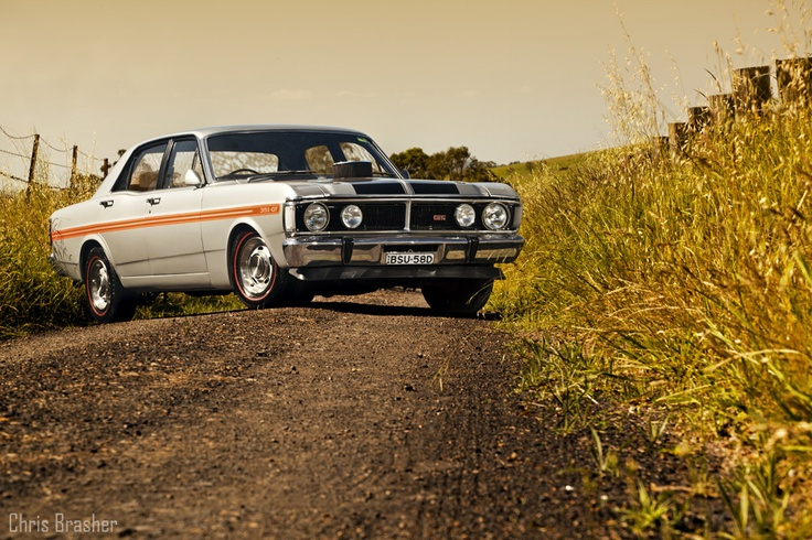 Ford XY Falcon GT   So incredibly sexy