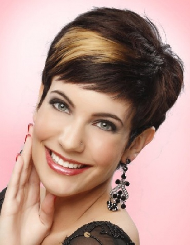 Short Pixie Haircut Styles Hairstyles --pin it by carden