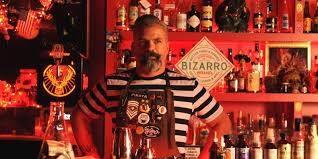 Oiga, Doña Laura! sale de bares y te deja una reseña de las mejores barras de Capital Federal. Capítulo I: Mundo Bizarro.