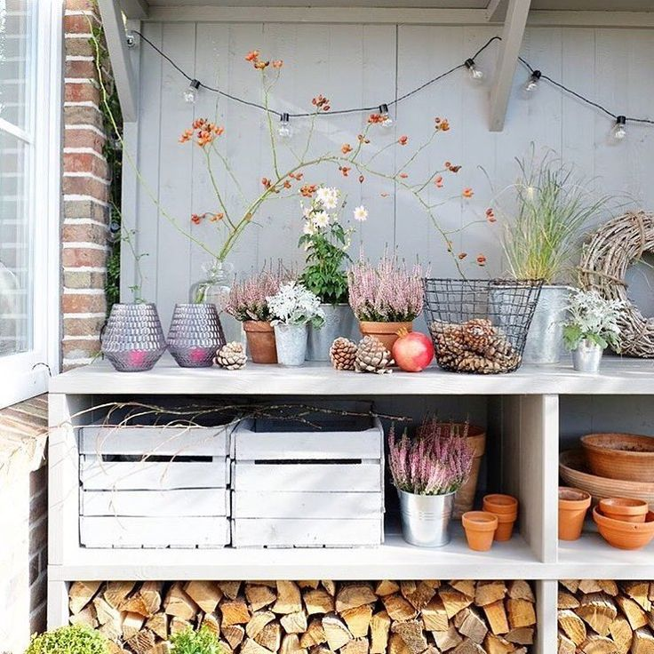 best 25 potting station ideas on pinterest garden table potting benches and pallet potting bench. Black Bedroom Furniture Sets. Home Design Ideas