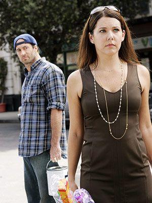 Scott Patterson as Luke Danes & Lauren Graham as Lorelai Gilmore - Gilmore Girls