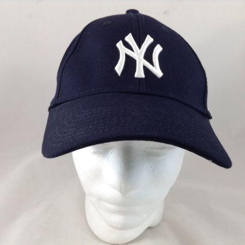 8773a9403 NWT New Era MLB 9Twenty Core Classic Replica New York Yankees Cap ...