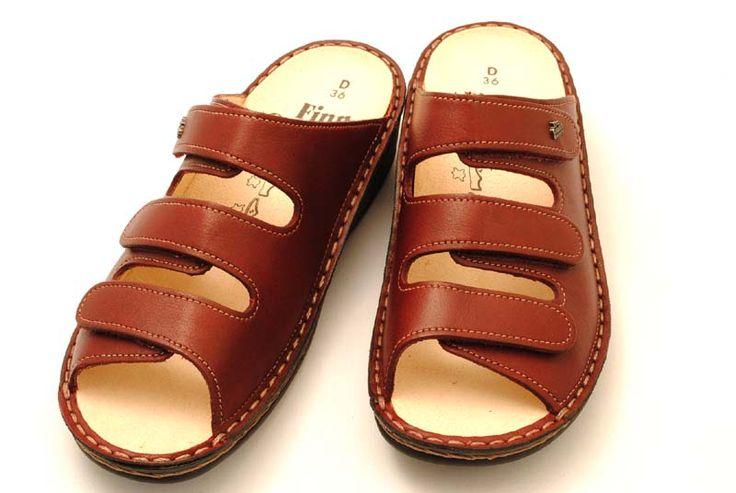 [送料無料]限定商品サンダルとして・事務所履きとして・玄関履きとして幅広い用途で使える、丈夫でしっかりと足をサポートするサンダルです。finncomfort(フィンコンフォート)サンダル2501PISSA(ピサ)ボルドー【送料無料05_52】