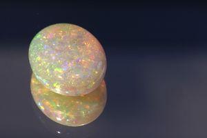 6 Types of Awe-inspiring Opal: White Opal