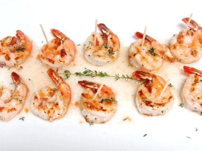 Grilled Shrimp with Habanero and Roasted Garlic Vinaigrette | Hispanic Kitchen