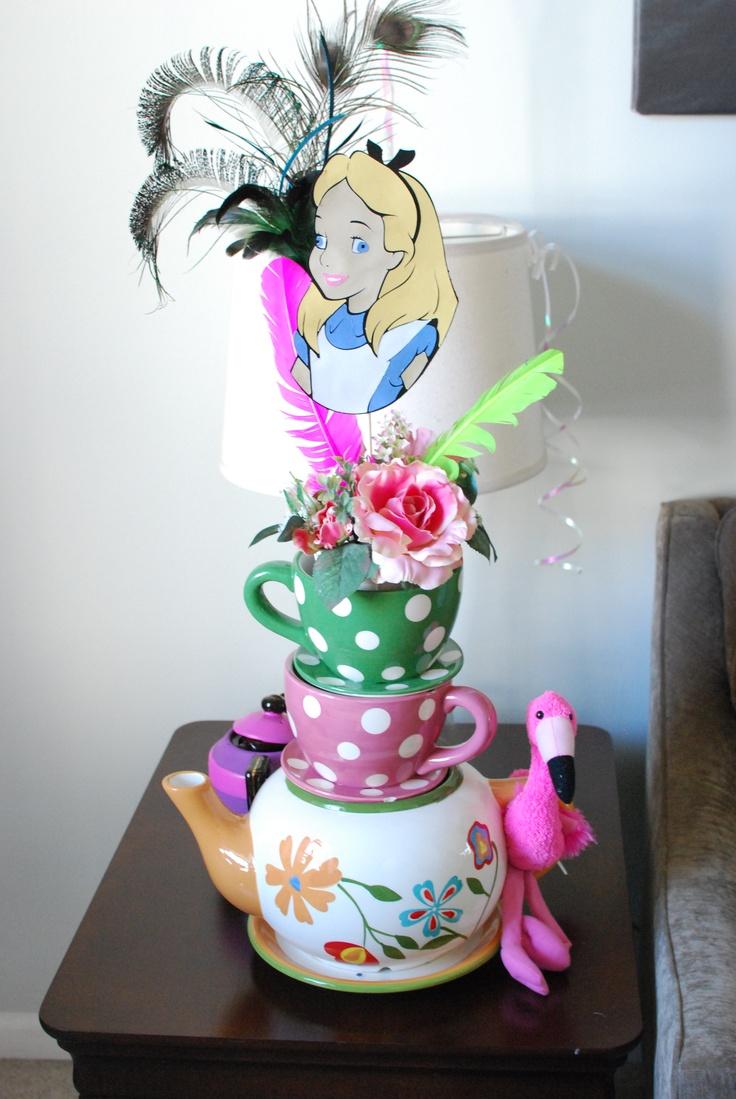128 best prom wonderland images on pinterest wonderland for Alice in wonderland decoration
