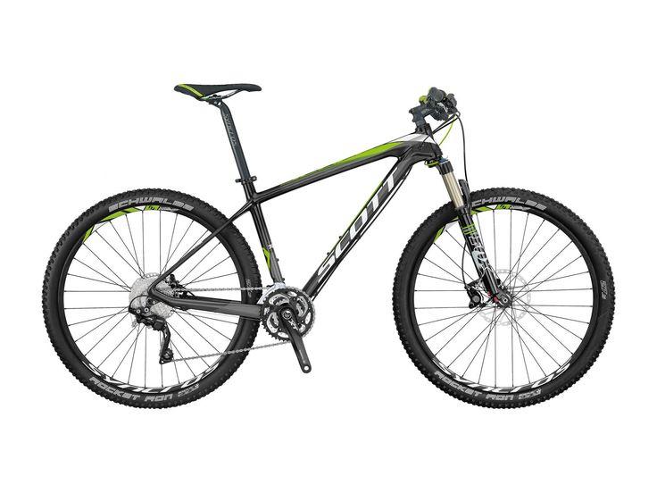 Wie sein 29 Zoll Pendant punktet auch das 27,5Zoll Scale 700 mit einem sehr leichten und steifen Fahrrad Rahmen. Ein konifiziertes Steuerrohr sorgt für mehr Steifigkeit im Frontbereich, der SDS-Hinterbau absorbiert für dich die Stöße beim biken und erhöht damit die Effizienz. #scott #mountainbiking